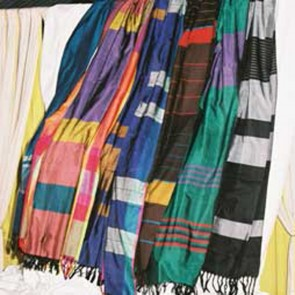 50% Slik & 50% Cotton Hand Woven Shawl