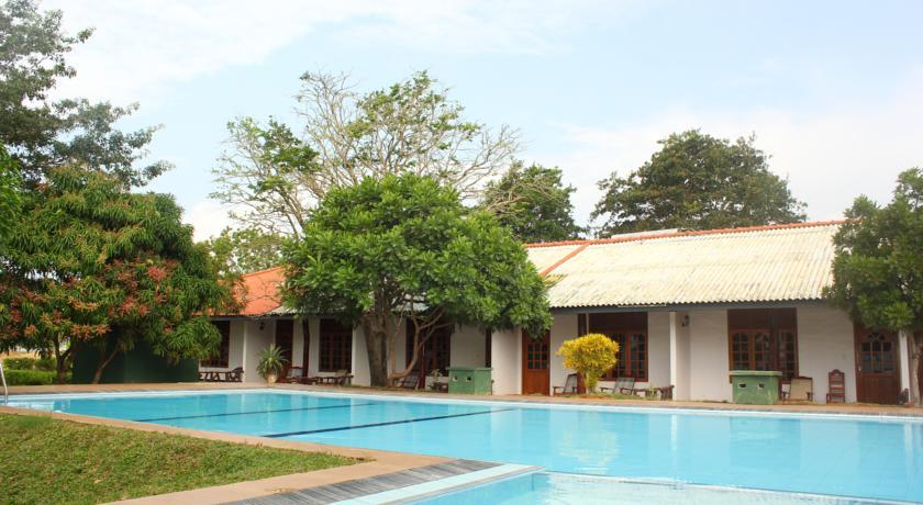 Wila Safari Hotel
