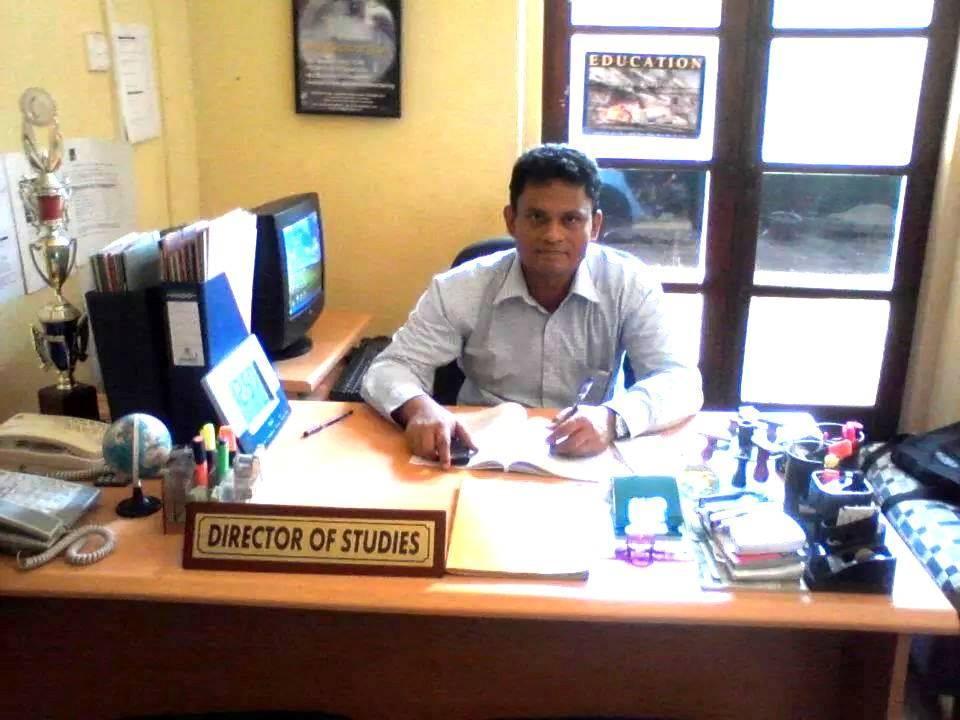 Wazeer Latiff  ( Psychologist/ IELTS, English  Lecturer )