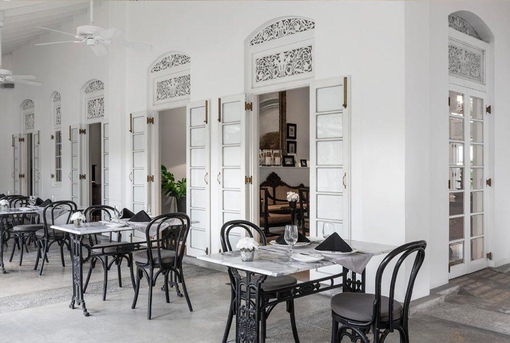 Maniumpathy Hotel Colombo