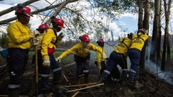 South African 'singing firefighters' return after Canada pay row