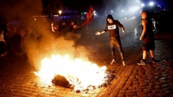 G20: Hamburg sees clashes between police and protesters