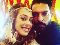 Pic: Yuvraj Singh and Hazel Keech's adorable pre-wedding selfie