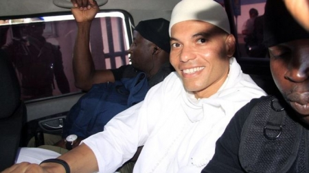 Senegal's Karim Wade freed by Macky Sall and 'flies to Qatar'