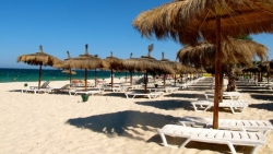 Tunisia tourism: Ambassador urges FCO to relax travel warning