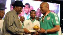 Stephen Keshi: Nigeria football legend dies aged 54