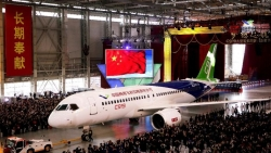 China's First Large Homemade Passenger Jet to Fly in 2017