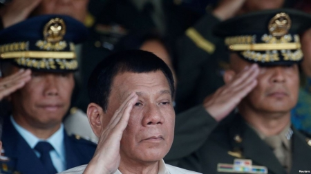 Russia Offers Philippines Arms and Close Friendship