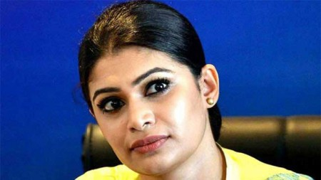 Hirunika calls on President to come before PSC