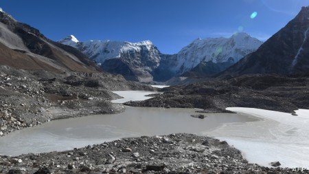 Global Warming Increases Threat of Himalayas' Killer Lakes