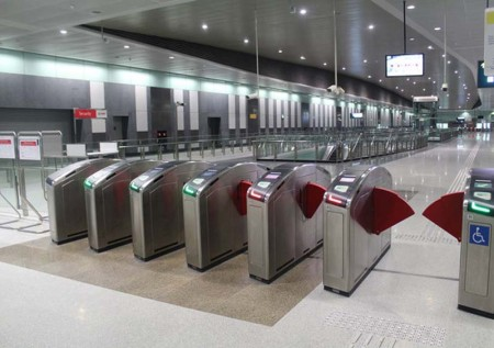 Chinese firm links up with Softlogic to grab e train ticketing project