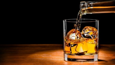 Fin. Min. wants to issue liquor licenses on a large scale: Excise TUs