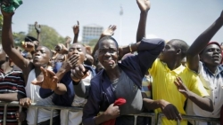 Kenya police 'ready to use lethal force' against protesters