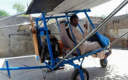 Pakistani Popcorn Seller Who Built His Own Plane
