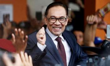 Malaysia's Anwar Ibrahim released after getting full pardon