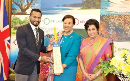 Sri Lanka HC in London hosts Lankan World Cup cricketers