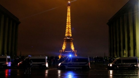 France protests: Eiffel Tower to close on Saturday amid Paris riot fears