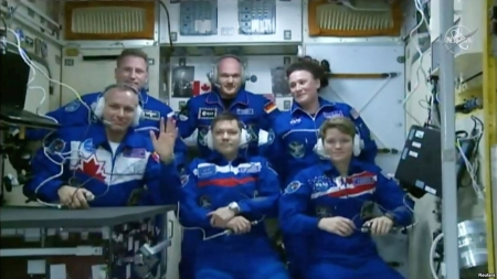 3 Astronauts Safely Aboard International Space Station